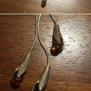Amber colored drop necklace